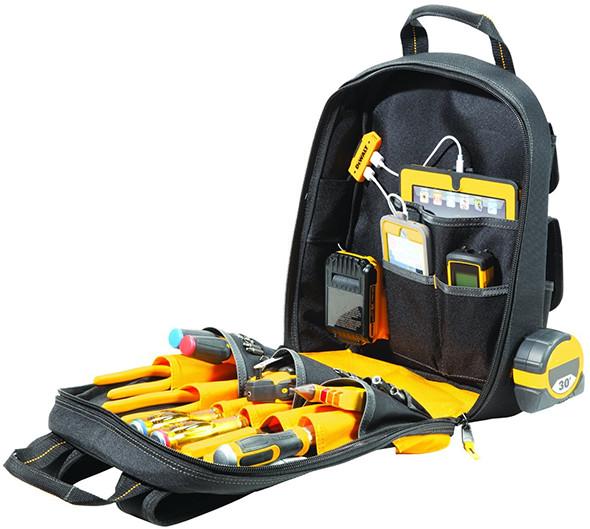 dewalt-dgc530-usb-charging-tool-backpack-inside-compartment