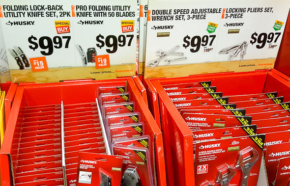 home-depot-black-friday-2016-tool-deals-husky-utility-knife-and-wrench-displays