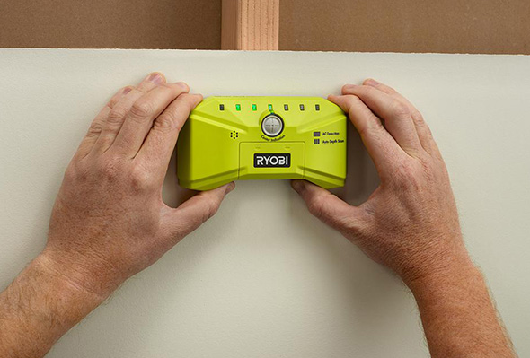 Ryobi Whole Stud Detector in use