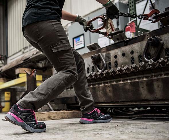 Wolverine Jetstream Safety Shoe Pulling Action Photo