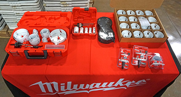 The various ways Milwaukee Hole Dozer hole saws are shipped