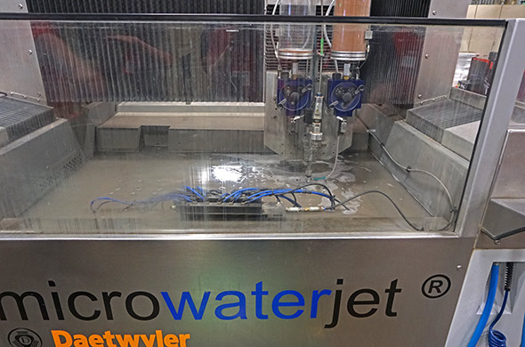 Waterjet on the Sawzall high flex line