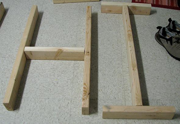 HI out of 2x4 Wood