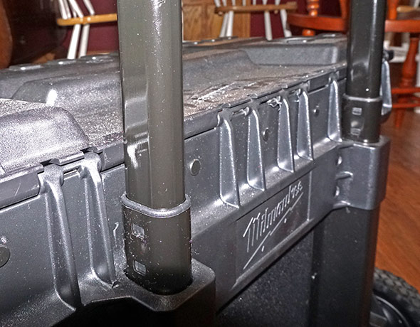 Milwaukee 24 inch rolling bag closeup of handle rail