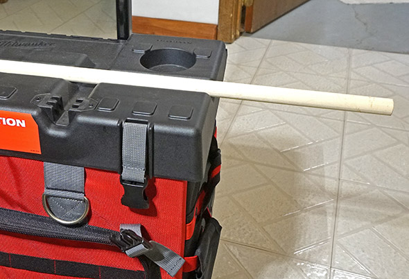 Milwaukee 24 inch rolling bag v-groove in top