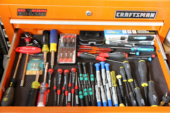 ToolGuyd Precision and Specialty Screwdriver Tool Box Drawer March 2011
