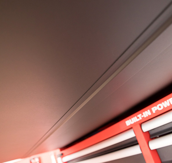 Milwaukee 46-Inch Premium Tool Storage Combo Full-Width Drawer Reinforcement