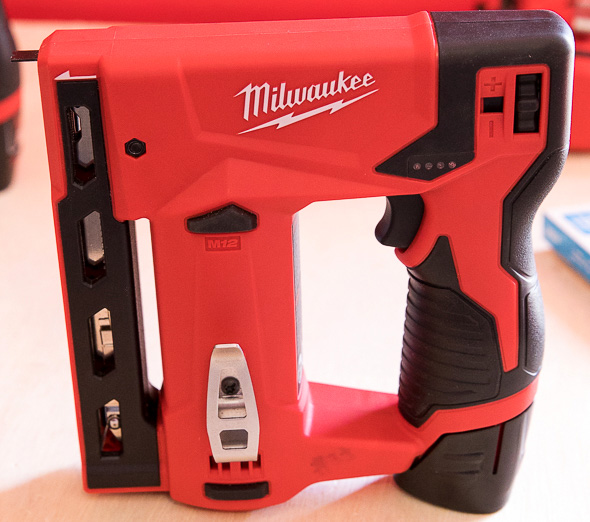 Milwaukee M12 Stapler