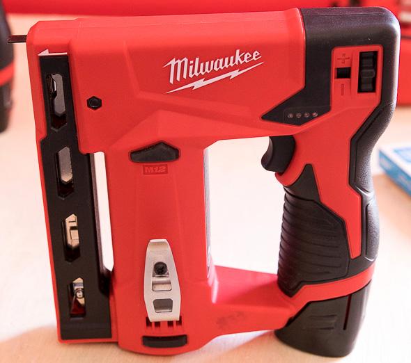 Milwaukee M12 Stapler