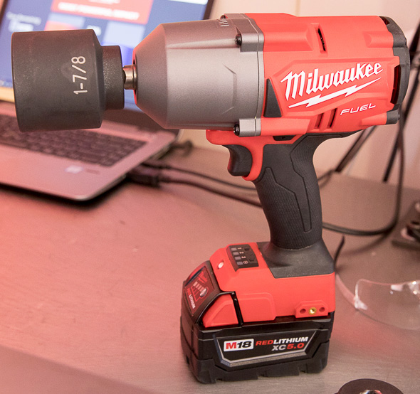 Milwaukee M18 Fuel Heavy Duty Impact Wrench with Large Socket