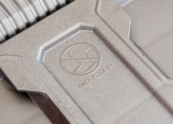 Milwaukee Packout Tool Storage No Step Warning Logo