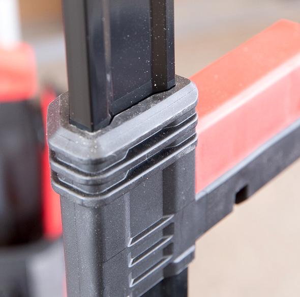 Milwaukee Packout Tool Storage Roller Tool Cart Extending Handle Slider Closeup