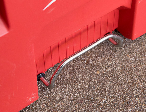 Milwaukee Packout Tool Storage Roller Tool Cart Metal Loop Handle and Anchor Point