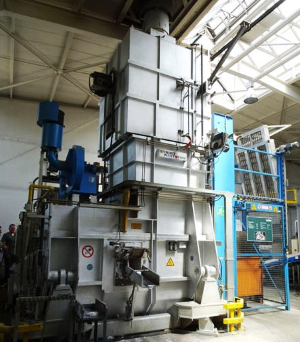 furnace for melting aluminum ingots for die casting at Metabo factory