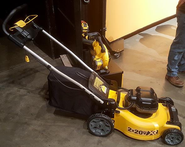 Dewalt 20V Max 2-Battery Cordless Lawn Mower