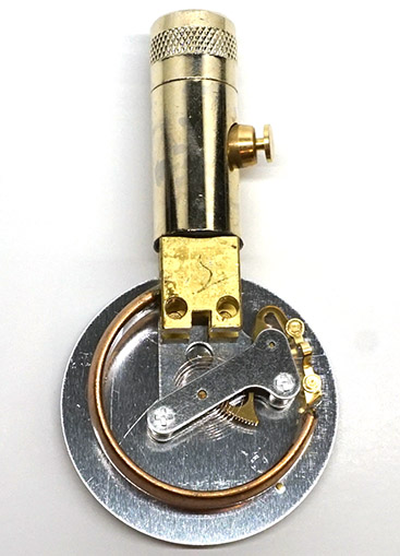 Bourdon tube mechanism inside the Accu-Gage