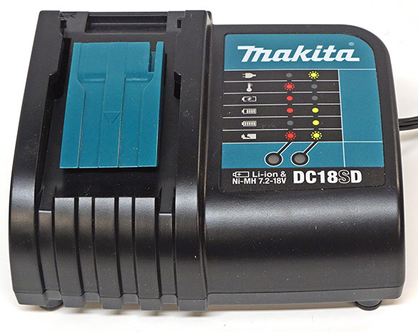 Makita XFD061 Drill Kit Charger