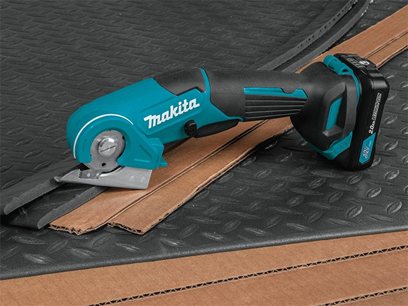 Makita 12V Multi-Cutter with Sample Materials
