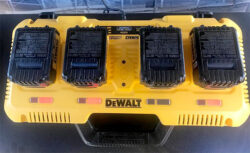 New Dewalt 20V Max 4-Port Rapid Battery Charger