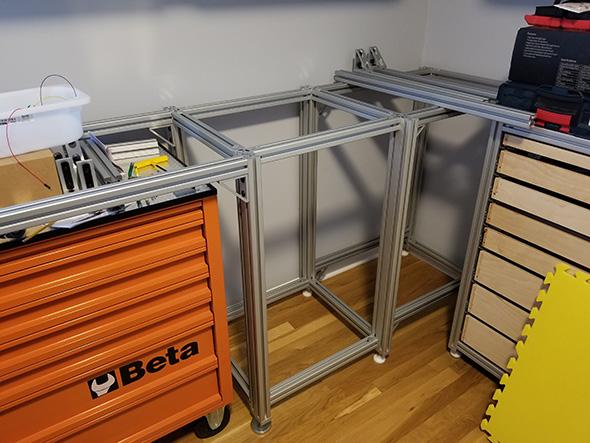 Electronics Workbench Corner