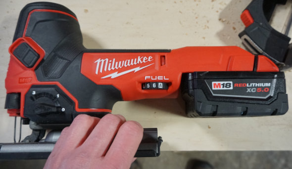 Milwaukee M18 Barrel Grip Jigsaw speed selector dial