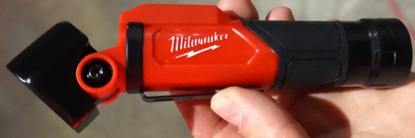 Milwaukee Pivoting Flash Light with Redlithium USB battery