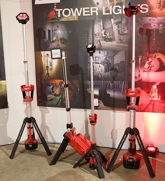 Milwaukee M12 and M18 Rocket LED Tripod Worklights