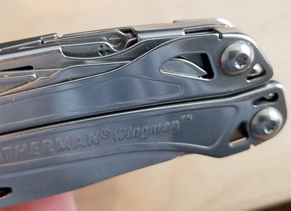 Leatherman Sidekick Screwdriver Markings Closeup when Closed