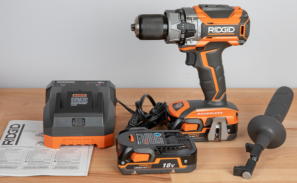 Ridgid R86116 Black Friday 2018 Cordless Drill Kit Contents