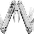 Leatherman Free Multi-Tool P26 P2 Open