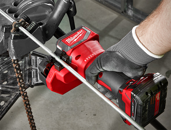 Milwaukee M18 Brushless Threaded Rod Cutter 2872 in Use