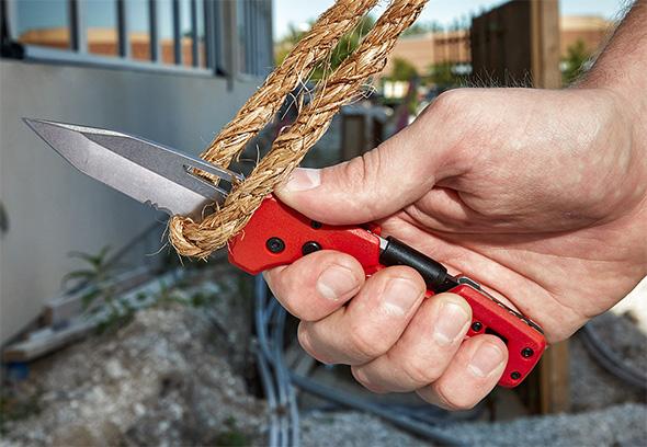 Milwaukee Fastback 5-in-1 Knife Multi-Tool Cutting Rope