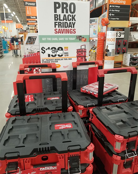 Milwaukee Packout Pro Black Friday 2019 Display
