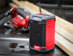 Milwaukee 2951-20 M12 Radio and Charger Hero