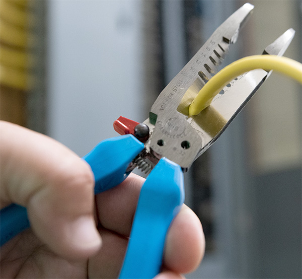 Channellock Wire Strippers in Action