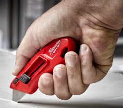 Milwaukee 48-22-1511 Compact Side Slide Utility Knife Cutting
