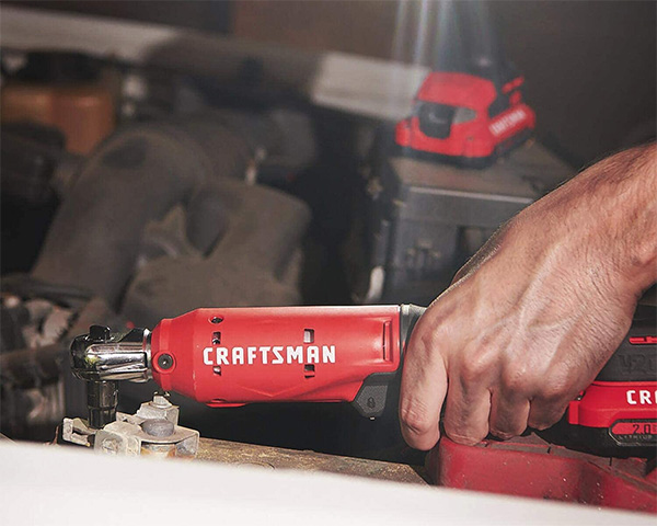 Craftsman CMCF930B Cordless Ratchet Application Example